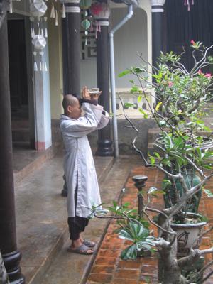 novice monk - Hue