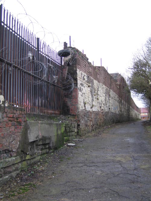 wall by the clyde
